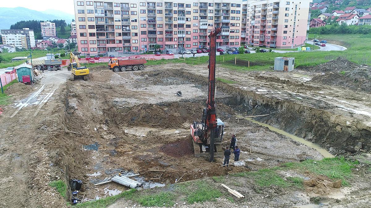 Izrada šipova za potrebe izgradnje stambenog naselja u Rosuljama, Vogošća.