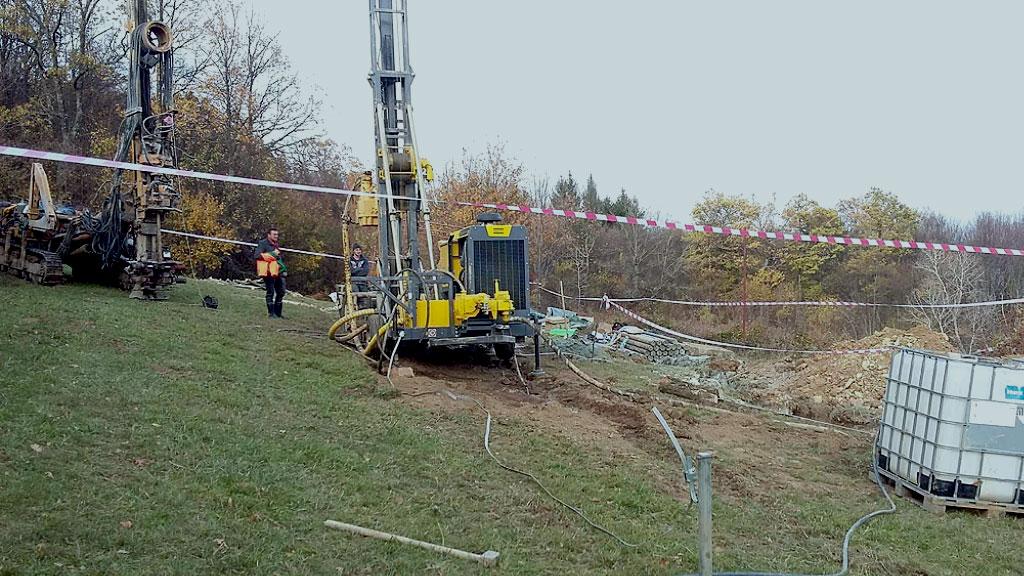 """Izvođenje geoloških istražnih bušotina na ležištu uglja """"Kotezi"""" kod Bugojna"""